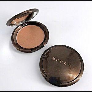 BECCA Makeup - Becca sunlit bronzer Capri coast 2.3g